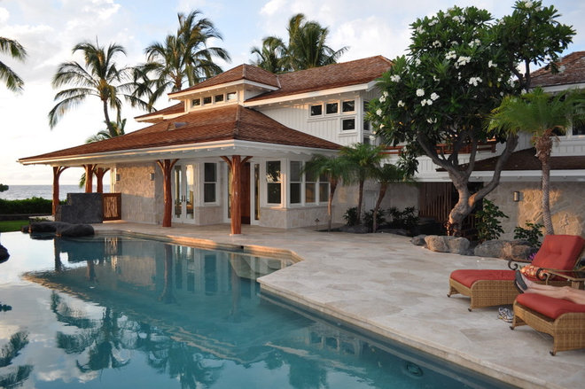 Beach Style Exterior by Dinmore & Cisco Architects, Inc.
