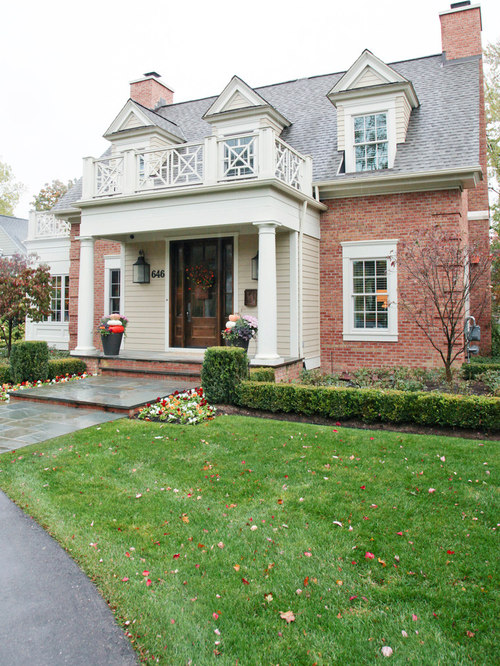 White window trim houzz for Traditional brick homes
