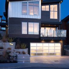Contemporary Exterior by Jenny Martin Design