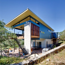 Contemporary Exterior by A.GRUPPO Architects - San Marcos