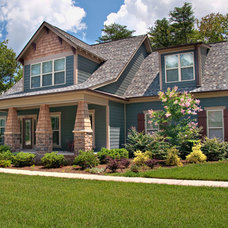 Traditional Exterior by Pratt Home Builders