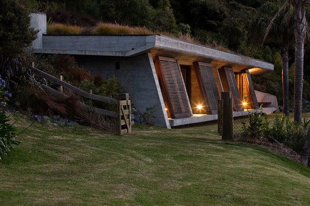 Contemporary Exterior by Studio Pacific Architecture