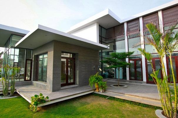 Contemporary Exterior by Ali Naqvi