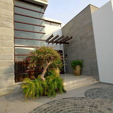 Contemporary Exterior by Ali Naqvi