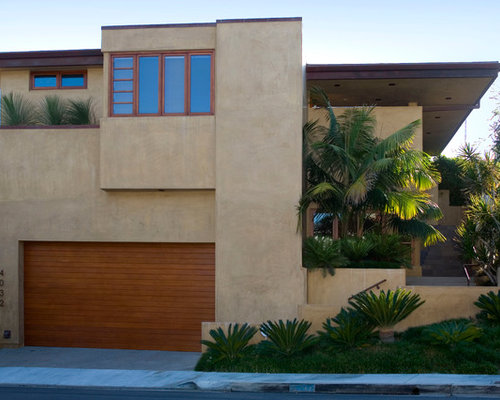 Stucco exterior houzz for Modern stucco house