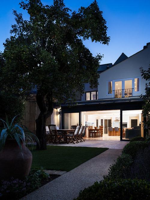 Large modern exterior design ideas renovations photos for Exterior design specialists