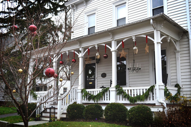 Traditional Exterior by Colleen Brett