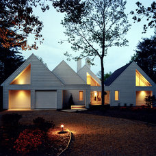 Contemporary Exterior by KohlMark Architects and Builders