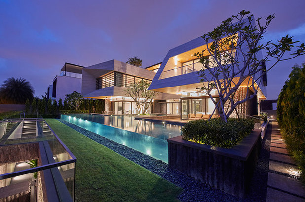 Contemporary Exterior by Light Collab