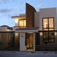 Contemporary Exterior by Arquitectura Mas
