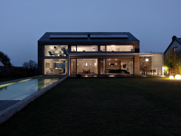 Transitional Exterior by LeichtUSA