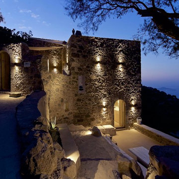 Restoration of  traditional building and transformation into a guesthouse