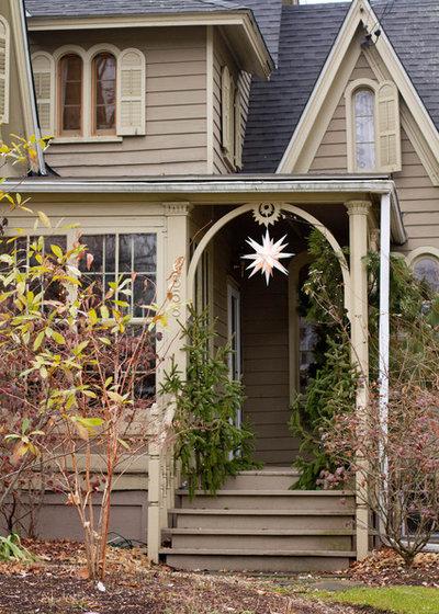 Klassisch Häuser by Rikki Snyder