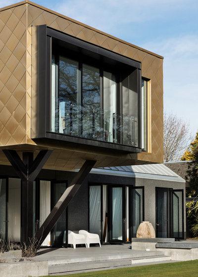 Modern Exterior by PRau - Phil Redmond Architecture & Urbanism