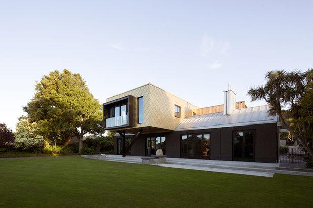 Contemporary Exterior by PRau - Phil Redmond Architecture & Urbanism