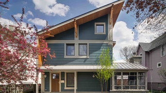 """Right-sized"" Oak Park home"
