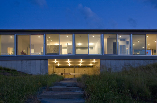 Modern Exterior by Ziger|Snead Architects