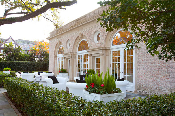Traditional Exterior by Laura U, Inc.