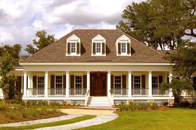 Traditional Exterior by RJ Elder Design