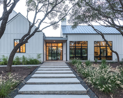Foto e idee per facciate di case facciata di una casa in for Piani di casa ranch online
