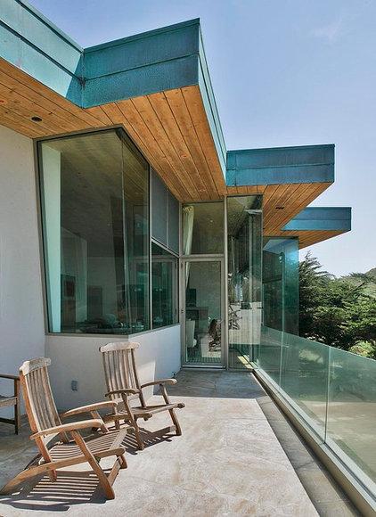 Contemporary Exterior by Studio Schicketanz