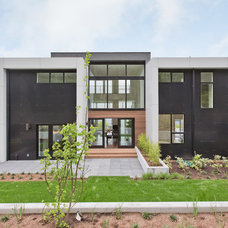 Contemporary Exterior by Noble Ridge Construction, Inc.