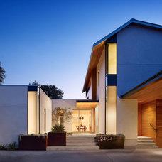 Contemporary Exterior by Chioco Design