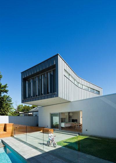 Contemporary Exterior by Grieve Gillett Andersen