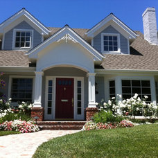 Traditional Exterior by Joe's Premium Painting