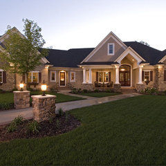 traditional exterior by Kieran J. Liebl,  Royal Oaks Design, Inc. MN