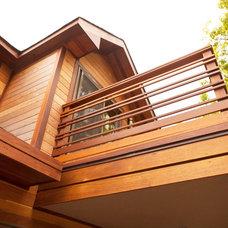 Modern Exterior by JENDRETZKI LLC
