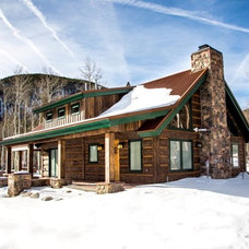 Rustic Exterior by EverLog™ Systems: Worry Free Concrete Logs