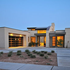 Modern Exterior by CD Construction, Inc.