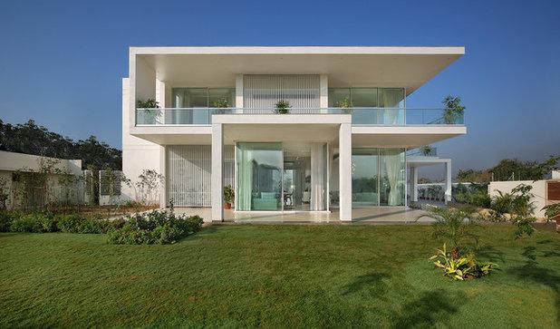 Modern Exterior by Usine Studio