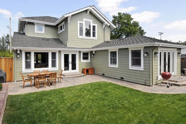 Craftsman Exterior by Studio S Squared Architecture, Inc.