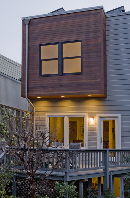 Contemporary Exterior by Andre Rothblatt Architecture