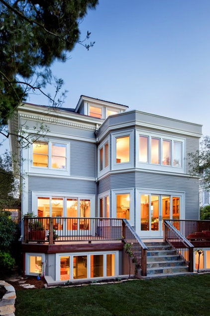 Traditional Exterior by DNM Architect