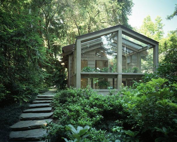 Contemporary Exterior by Ron Yeo, FAIA Architect