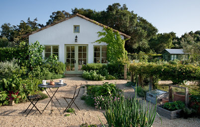How to Set Up a Productive and Beautiful Edible Garden