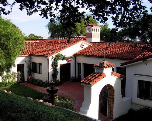 Santa Barbara Style Spanish Home Courtyard