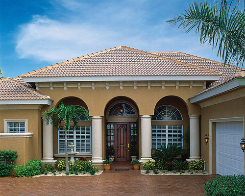 Mediterranean miami exterior design ideas remodels photos for Mediterranean exterior design