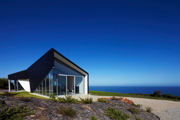 Contemporary Exterior by Andrew Simpson Architects