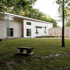 Modern Exterior by David Rausch Studio
