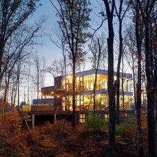 Modern Exterior by Jose Garcia Design