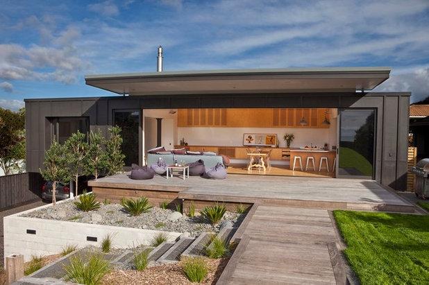Contemporary Exterior by Architecture Bureau Ltd