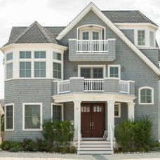 Beach Style Exterior by PADULA BUILDERS INC
