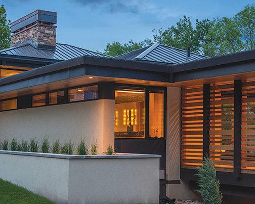 schwarze h user mit halbwalmdach ideen f r die. Black Bedroom Furniture Sets. Home Design Ideas