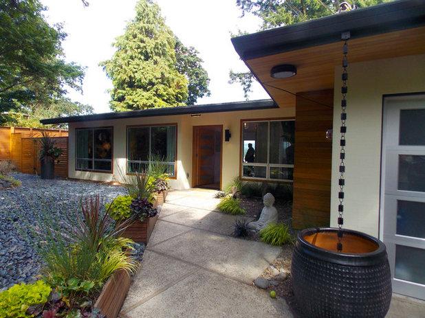 Modern Exterior by Seidel Design Group