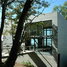 Contemporary Exterior by Eggleston Farkas Architects