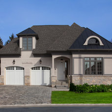 Traditional Exterior by HUSH